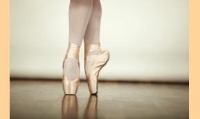 Η προέλευση του μπαλέτου και δέκα ενδιαφέροντα γεγονότα για τον κλασικό χορό