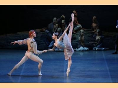 Ο Κουρσάρος: Η ιστορία και οι πιο αξιοσημείωτες παραγωγές του κορυφαίου μπαλέτου