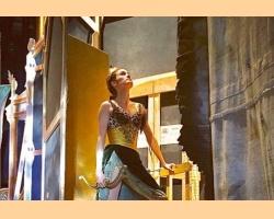 Η μπαλαρίνα σύντροφος του Μικ Τζάγκερ παρουσιάζει το μπαλέτο της σε μουσική Rolling Stones